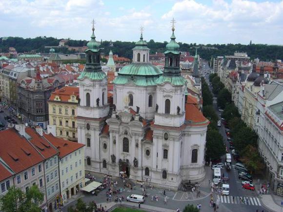 Прага, Костел святого Николая (на Старомаке)