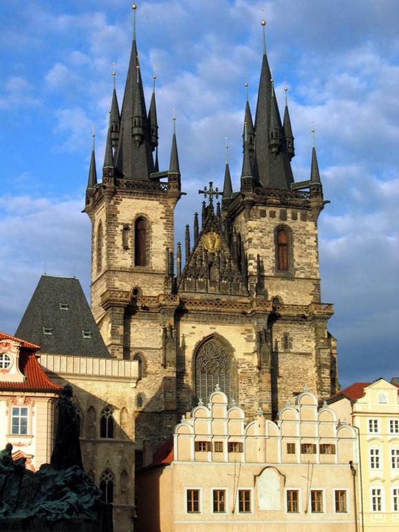 Прага, Тынский храм