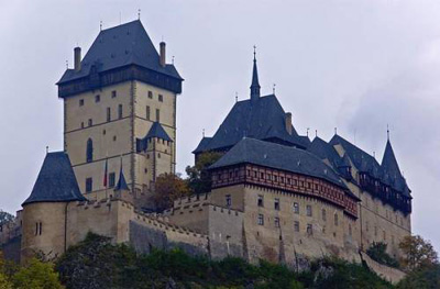 Замок Карштейн
