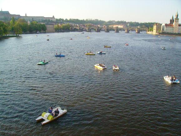 Вид на Прагу с моста Легии