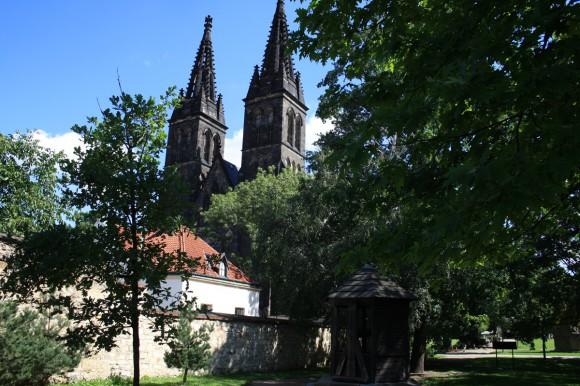 Фото Праги. Костел Петра и Павла. Другой ракурс