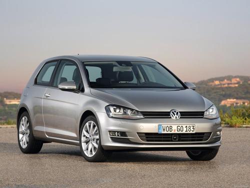 Лучшим автомобилем 2012 года чехи назвали Фольксваген Гольф